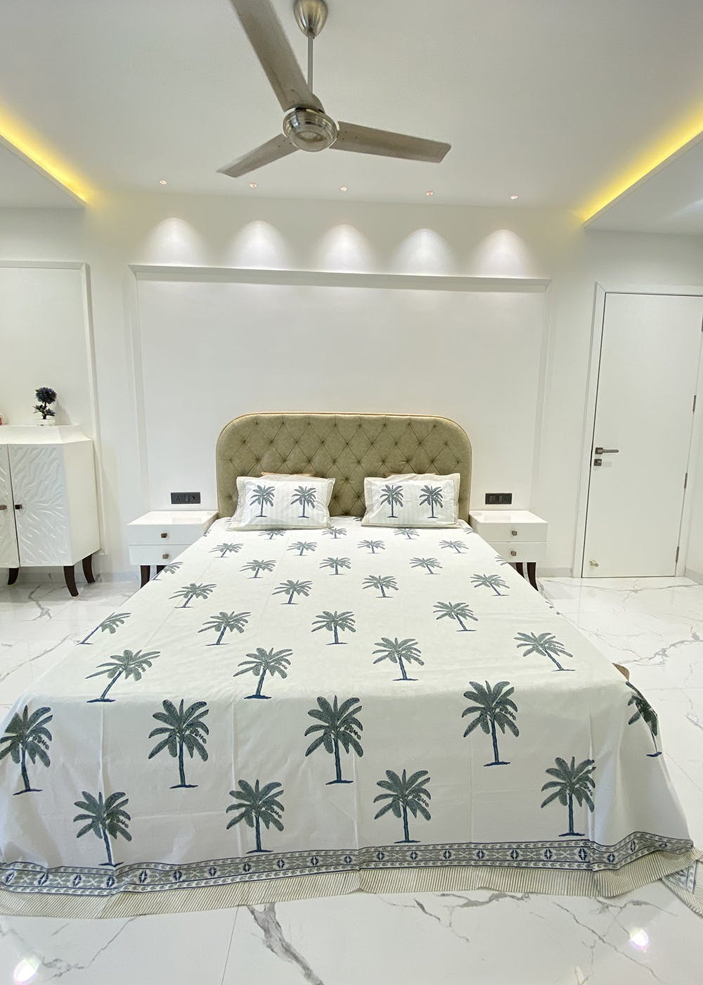 Coconut Tree Handblock Printed Bedsheet with 2 Pillow Covers