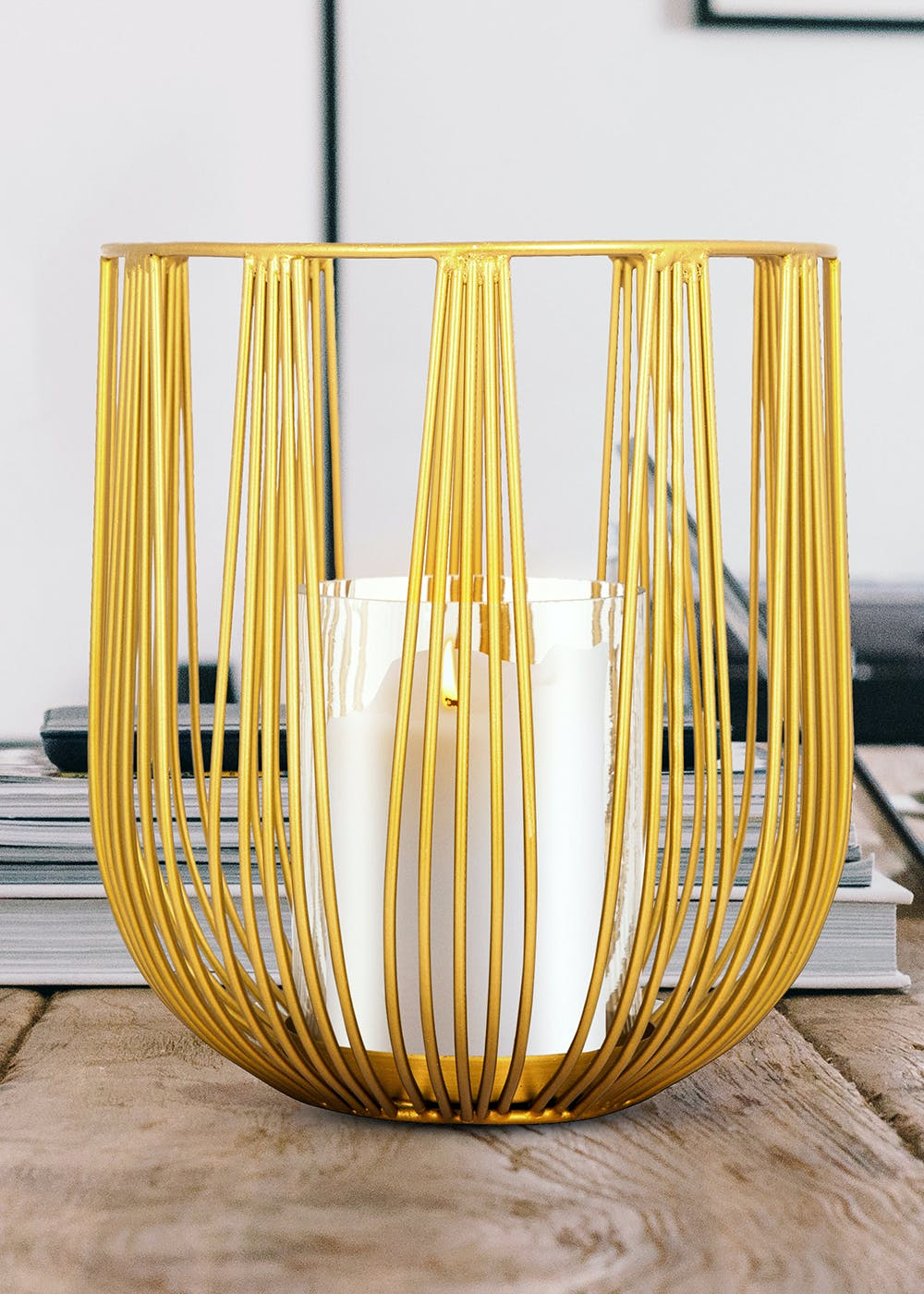 Candle Stand With Glass In Gold Wire