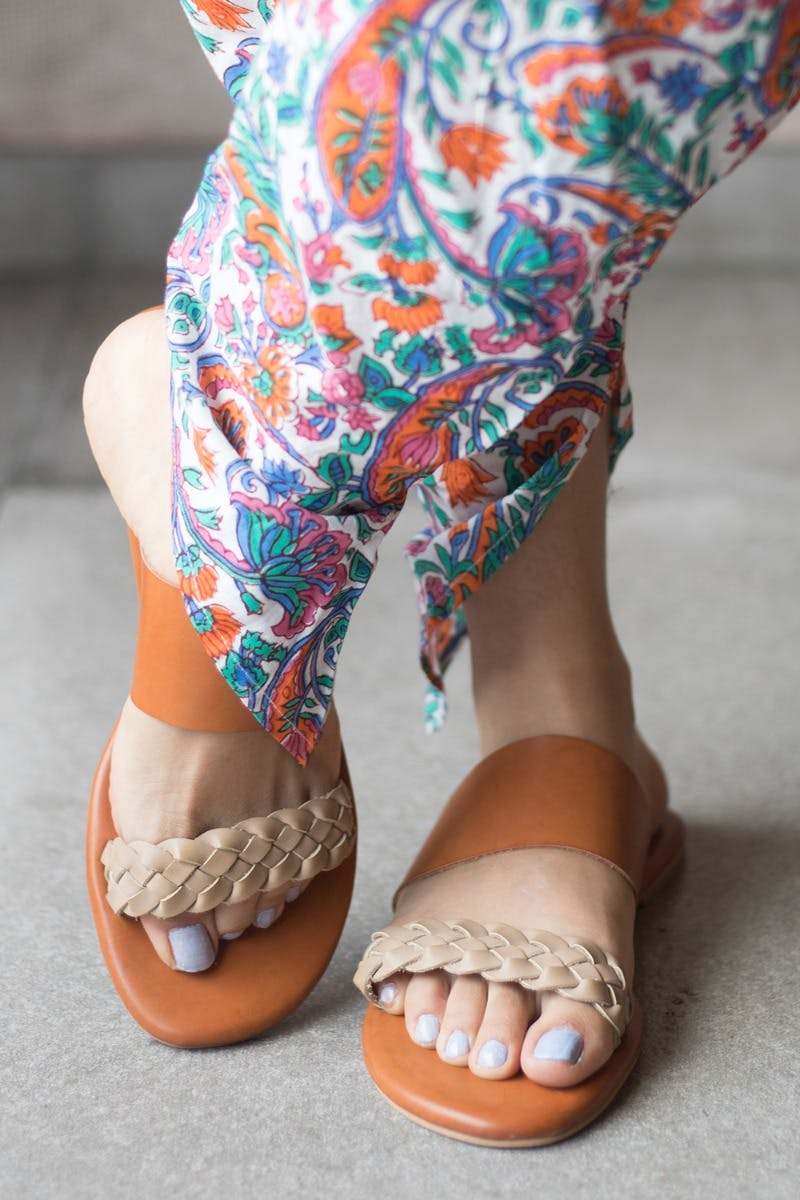 Two-Tone Weave Strap Flats