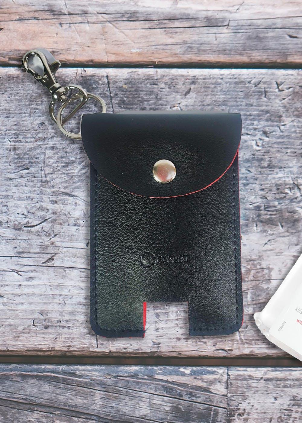 Contrast Inside Detail Textured Black Sanitizer Case